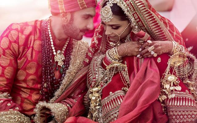 Bollywood News - रणवीर सिंह और दीपिका पादुकोण दोनों ने शेयर किये अपनी शादी के फोटो
