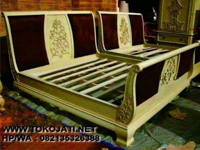 tempat tidur Ukir jepara,mebel ukir jepara,mebel interior klasik