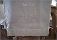 Récup' linge ancien : housses de chaises.