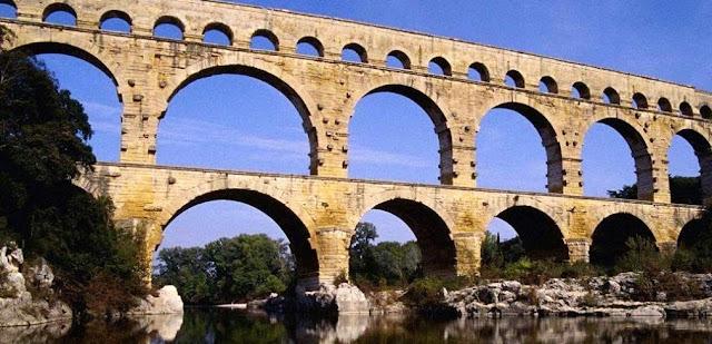 Acueducto, servidumbre y Derecho romano