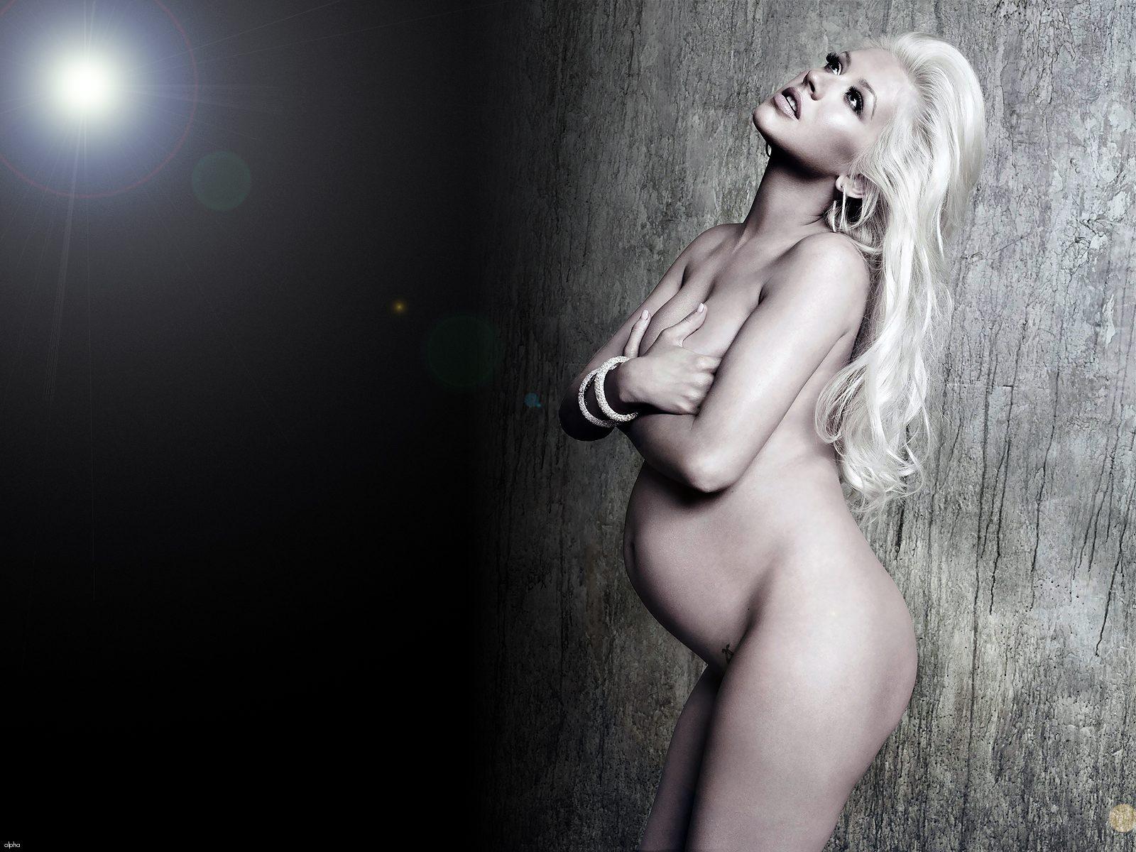 Christina aguilera naked pregnant sorry, that