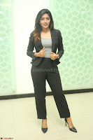 Actress Eesha Looks gorgeous in Blazer and T Shirt at Ami Tumi success meet ~  Exclusive 018.JPG