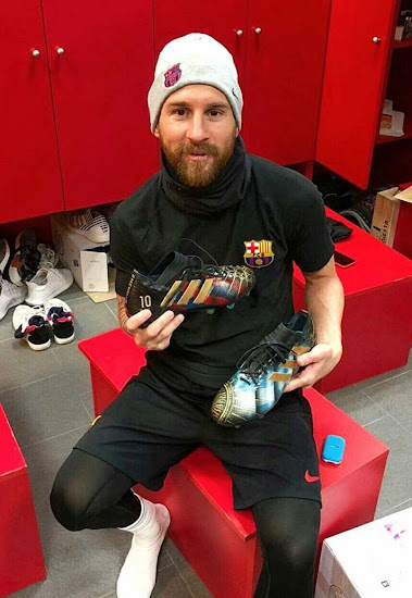 39e688f3fcc7 Messi Shows Off Custom Hand-Painted Adidas Nemeziz 2018 Sports kicks ...