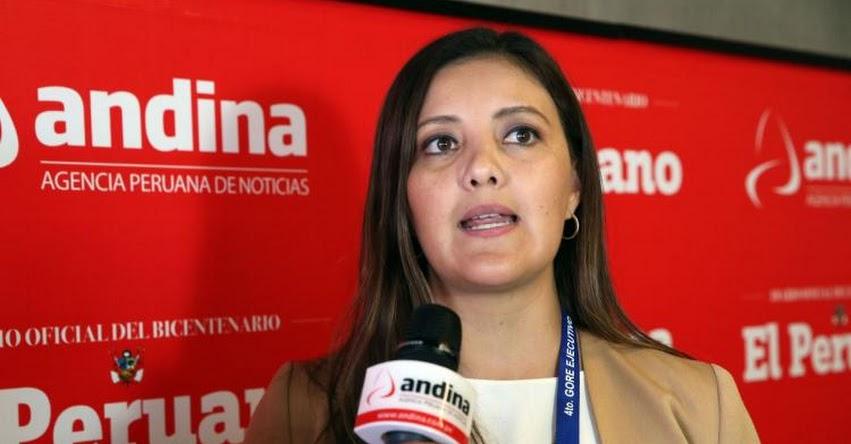 Gobernadora regional de Arequipa insta a docentes a retornar este lunes a las aulas