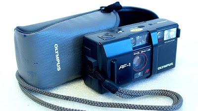 Olympus AF-1 (Zuiko 35mm f/2.8 lens) #008