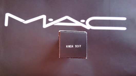 MAC Matte Lipstick 'Kinda Sexy' review and first impressions