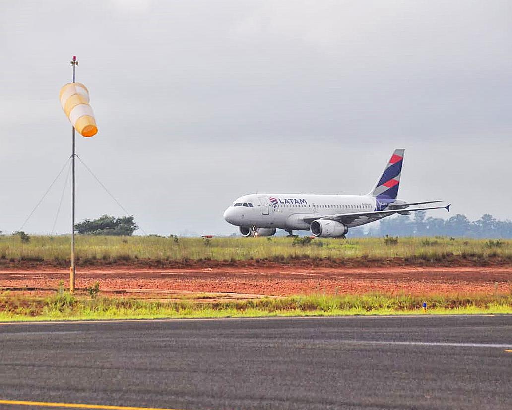 São Carlos recebe o primeiro voo internacional | É MAIS QUE VOAR