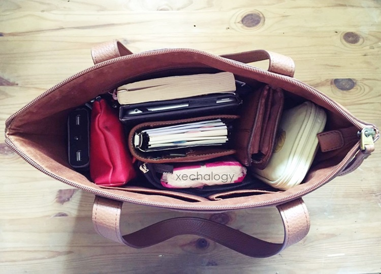 whats inside my bag
