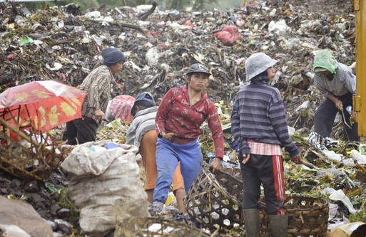 Cinta Lingkungan, Kelola Sampah Jadi Rupiah