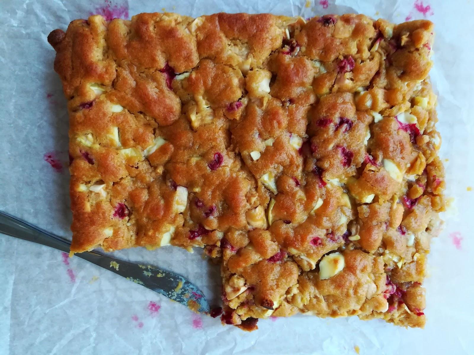omena-puolukkablondiet omena puolukka blondie leivonta resepti mallaspulla