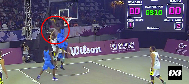 PHL's Bright Akhuetie's HUGE Two-Handed Block On Dusan Bulut! (VIDEO)