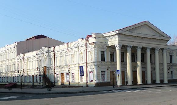 Николаев. Русский драматический театр