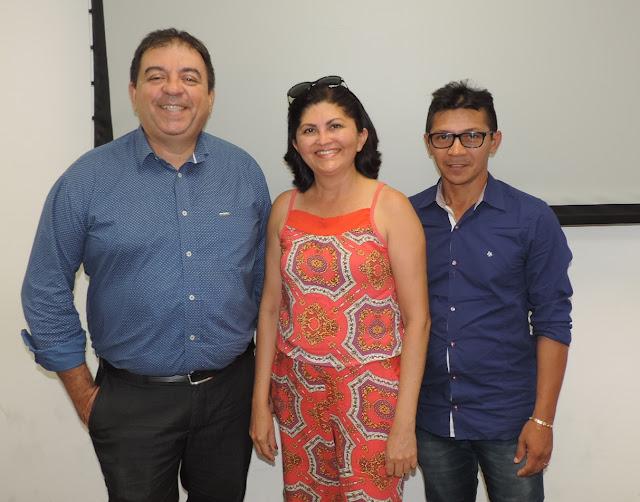 Registro do encontro dos coordenadores da UniGrendal em Sobral