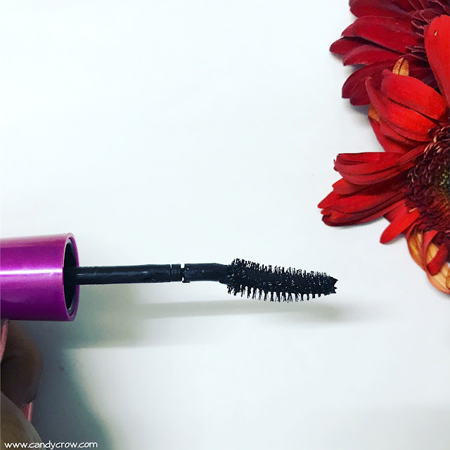 Maybelline Volum Express Falsies Mascara Review
