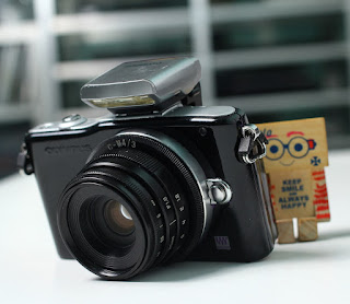 Olympus E-PM1 Mirrorless Bekas