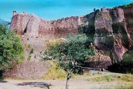 AsirGarh Fort and Ashwathama Story