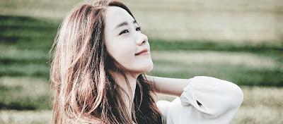 Yoona (윤아 Girls Generation Feat.10cm) – Deoksugung Stonewall Walkway (덕수궁 돌담길의 봄)