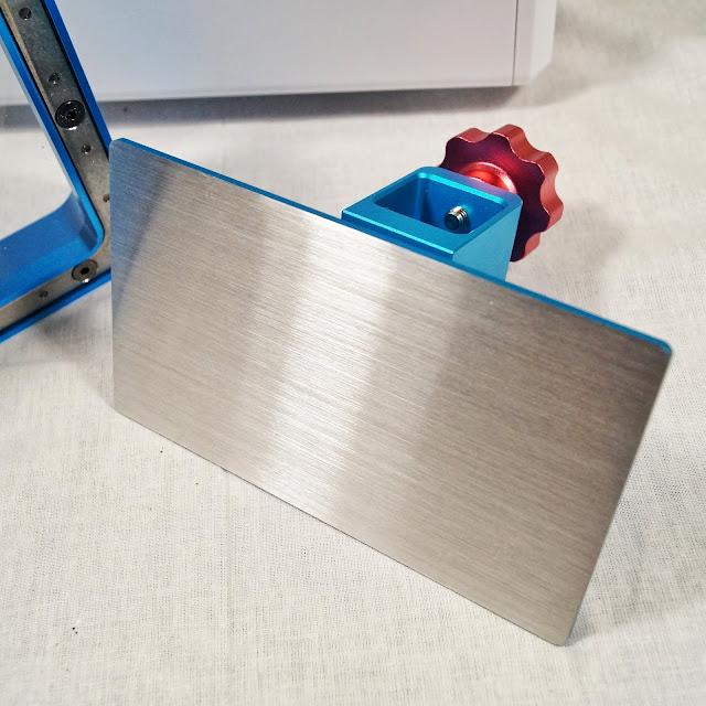 3D принтер Photon AnyCubic. Поверхность объектной платформы.