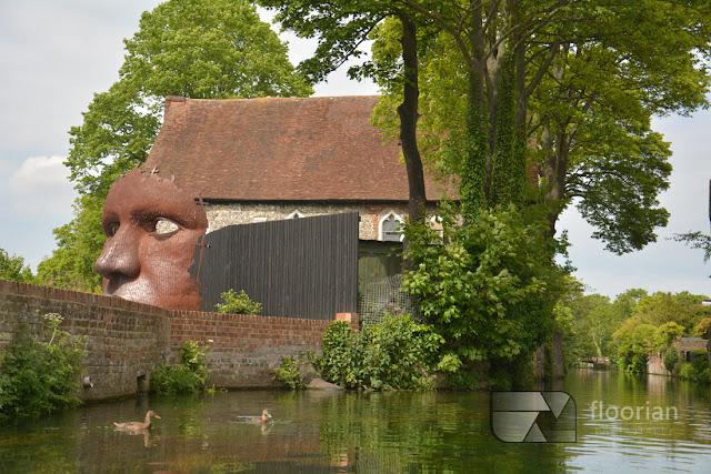 Rejs łodzią po rzece Stour w Canterbury - top atrakcja turystyczna Canterbury - obok Teatru Marlow
