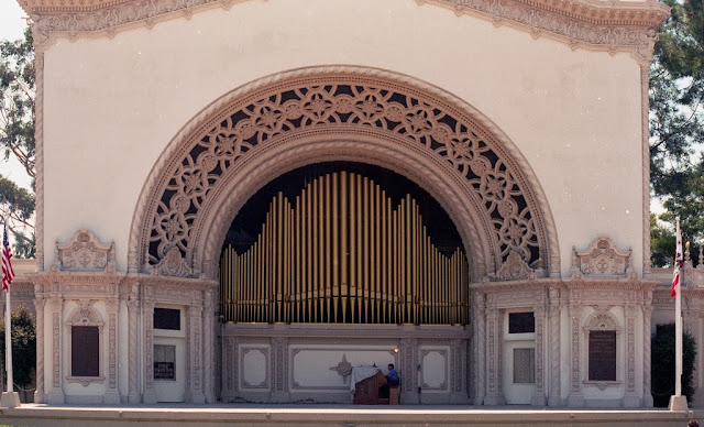 Spreckles Outdoor Organ, San Diego CA