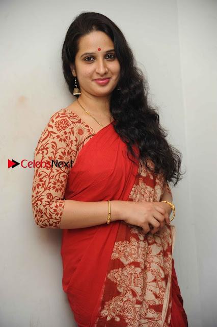 Kannada Actress Lakshmi Hegde Pos in Red Saree at Tab Movie Press Meet  0009.jpg
