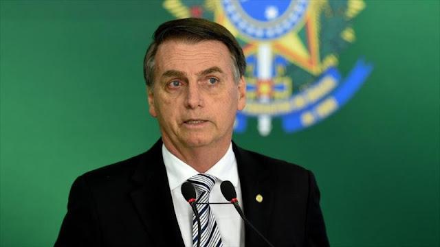 Bolsonaro busca reducir número de los ministerios pese a críticas