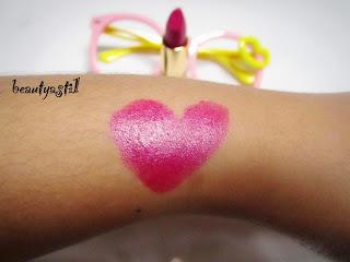 revlon-superlustrous-pearl-457-wild-orchid-lipstick-review.jpg