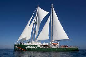 Pier Mauá recebe o Rainbow Warrior, o mais emblemático barco do Greenpeace