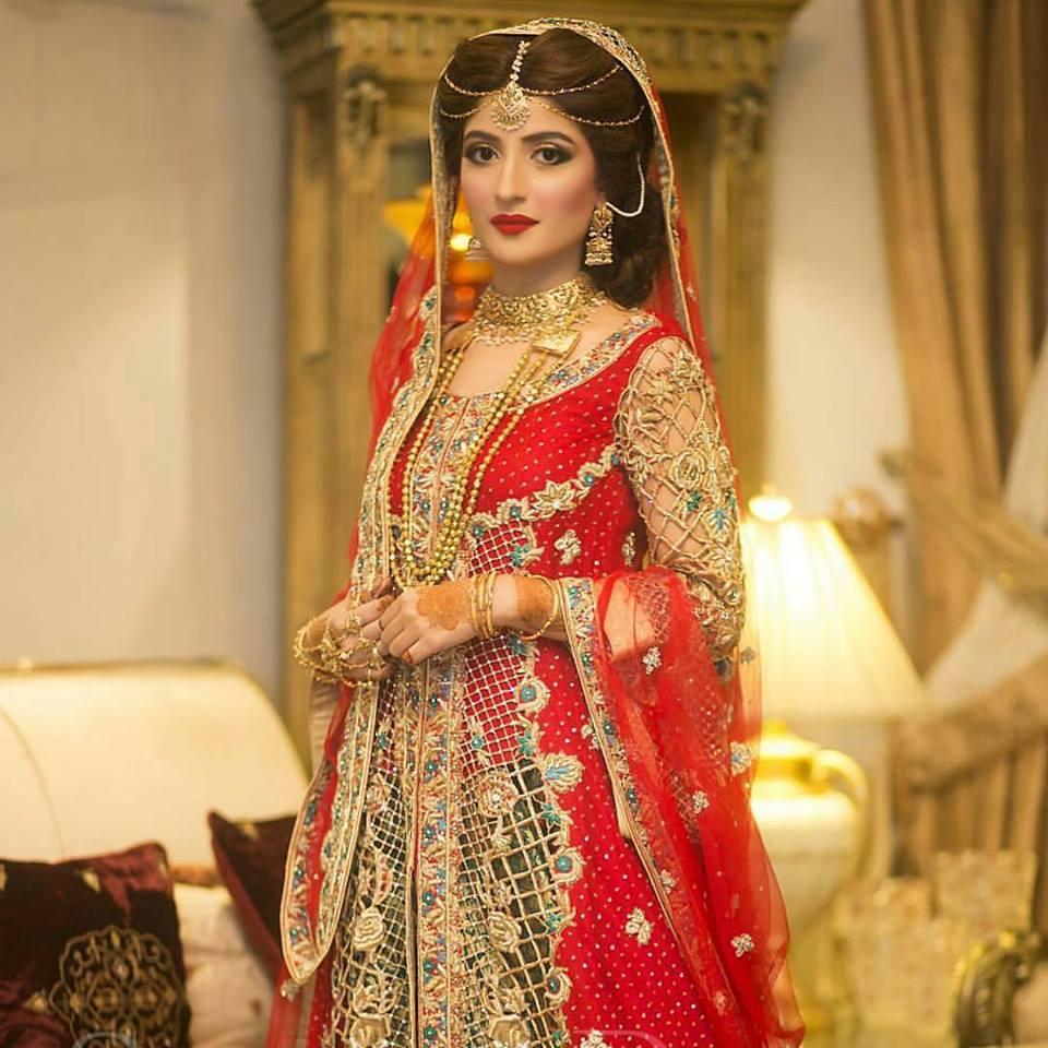 Wedding Makeup Hair Style: Madeehas Top Bridal Makeup & Hair Styles Salon 2016-17