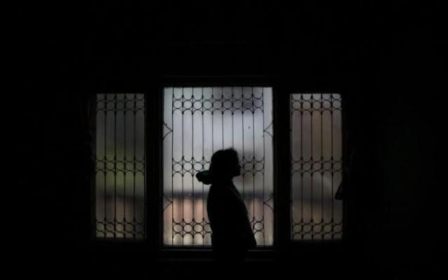 Κτηνωδία: Ιερέας βίασε την 26χρονη ανιψιά του!