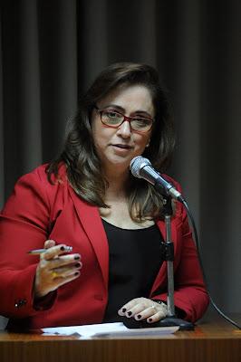 Olga Paro de Severinia - Audiência Pública do Orçamento estadual de SP 2017 em Barretos 24/06/2016