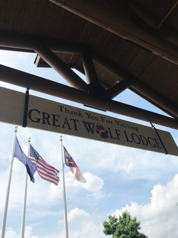great wolf lodge, north carolina blogger, weekend getaway, nc weekend trip, family trip, mom life