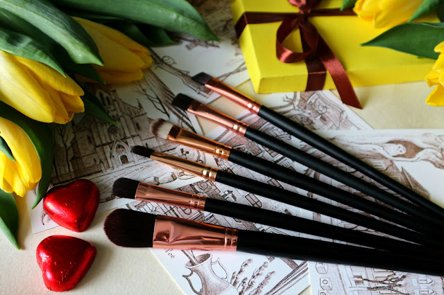 Zaful Makeup Brushes