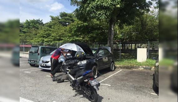 'Saya Parkir Hanya 3 Kotak Sebelah Guard!' - Lelaki Ini Bongkar Sindiket Rosakkan Kereta Di KTM Salak Selatan