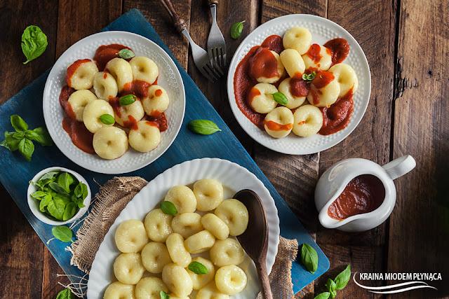 tradycyjne kluski śląskie, kluski ziemniaczane, kluski z ziemniaków, kluski z dziurką, kluski bez glutenu, kraina miodem płynąca,
