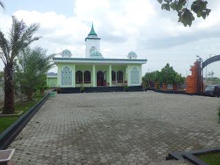 Jangan Ngaku Orang Indonesia Kalau Belum Mampir ke Tempat Wisata Rohani di Kota Wali