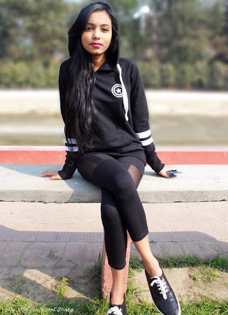 captain america black hoodie from bewakoof.com