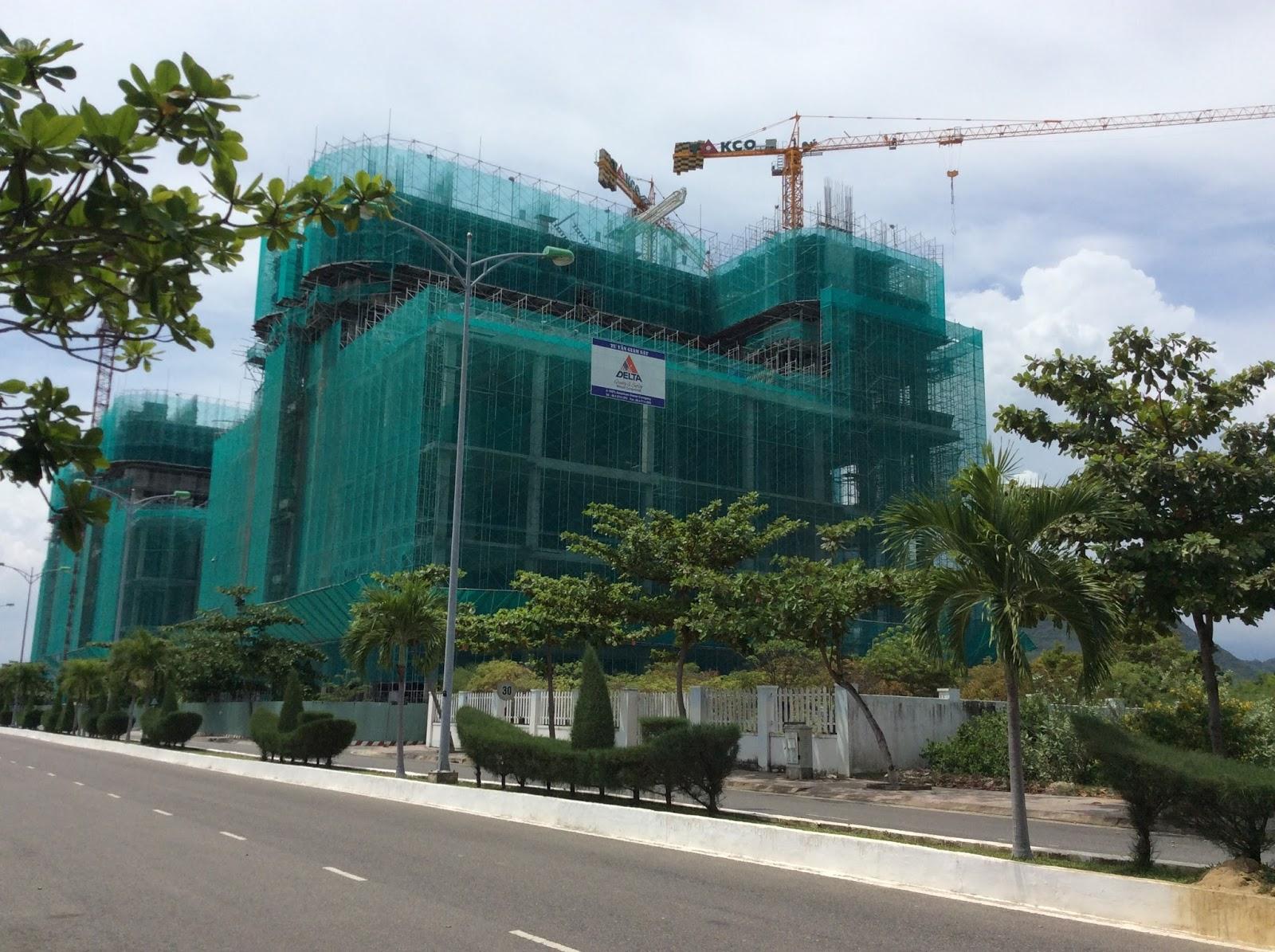 Tiến độ xây dựng dự án La Luna Resort Nha Trang