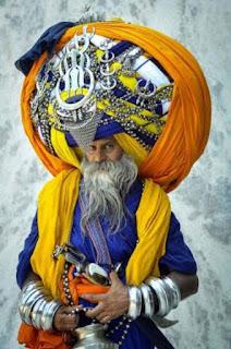 Avtar Singh Mauni who wears the world's largest turban