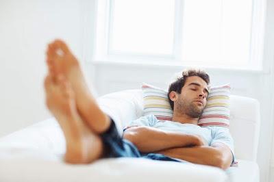 Los expertos recomiendan que nunca debes exceder el tiempo de tu siesta a más de 60 minutos