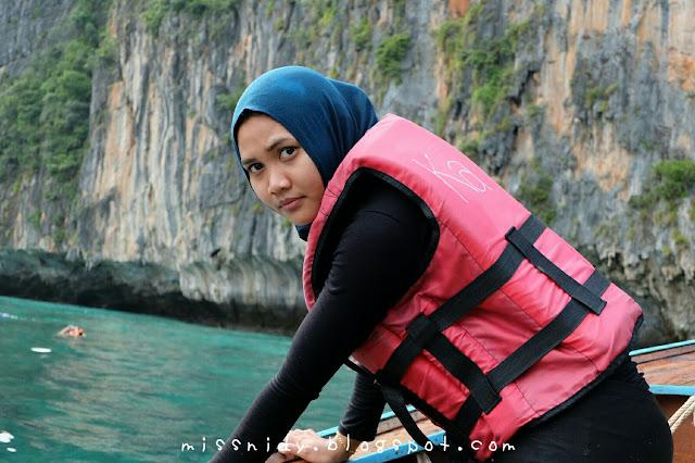 loh samah bay phiphi island