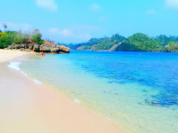 Pantai Tiga Warna, Destinasi Wisata Pantai Penuh Warna Di Malang