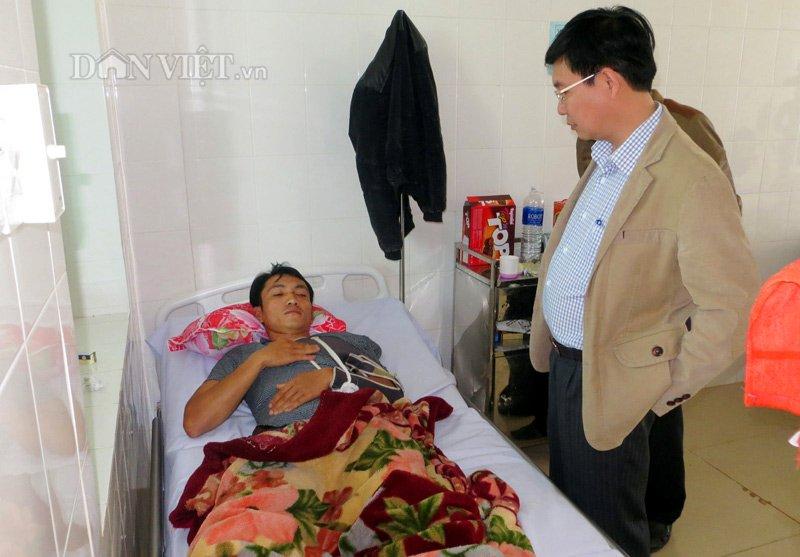 """Gia Lai: Tân hạt trưởng kiểm lâm bị """"khủng bố"""" bằng thuốc trừ sâu vì làm căng?"""
