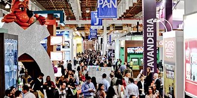 ba754a543 A 25ª ABF Franchising Expo oferece um leque completo de opções para  interessados em adquirir uma franquia. A feira ocorre em São Paulo, no Expo  Center Norte ...