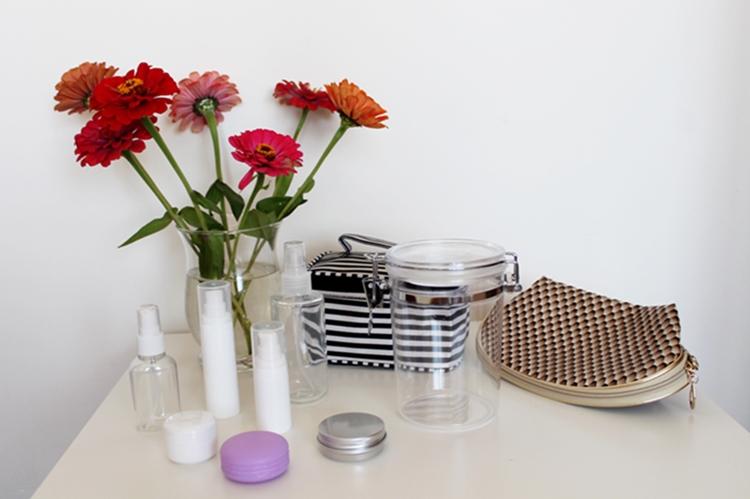 Mini pojemniki na kosmetyki idealne w podróż