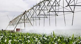 http://www.iagua.es/noticias/agricultura/12/10/30/la-modernizacion-del-regadio-en-andalucia-disminuye-un-20-el-consumo-de-agua-pero-incrementa-un-22