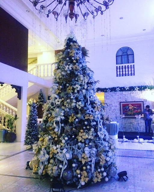 Montebello Villa Hotel Cebu Christmas Tree