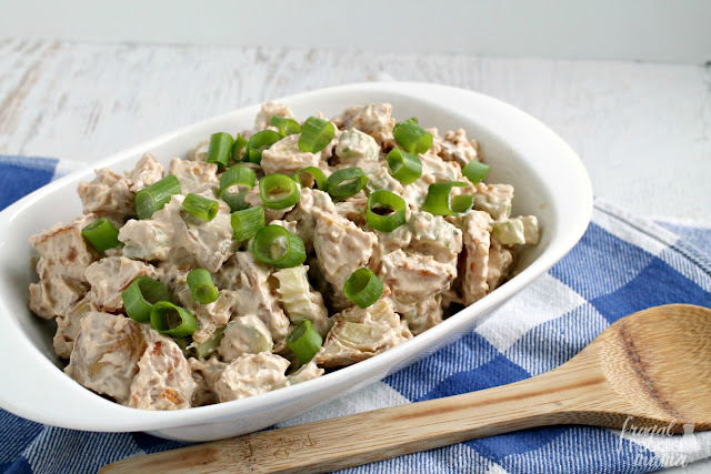 Your backyard BBQ guests will love this lightened up & flavor packed French Onion Roasted Potato Salad.