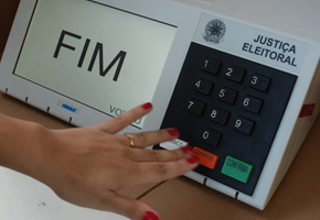 Robôs foram usados na campanha de três candidatos ao Planalto em 2014