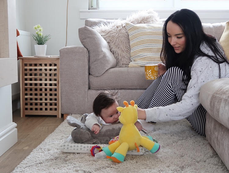 mother and son parenting blogger 4 month old baby